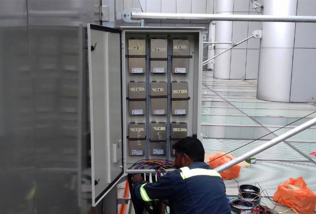 Install-new-panels-cw-trunking-and-new-wiring-for-the-LED-signage-1-01.jpg